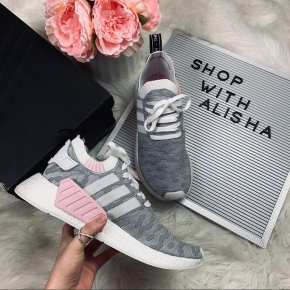 adidas Shoes - Like New Adidas NMD R2's